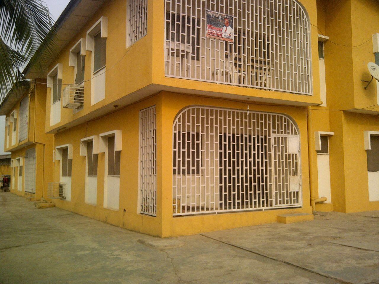 4 units of 3 bedroom flat