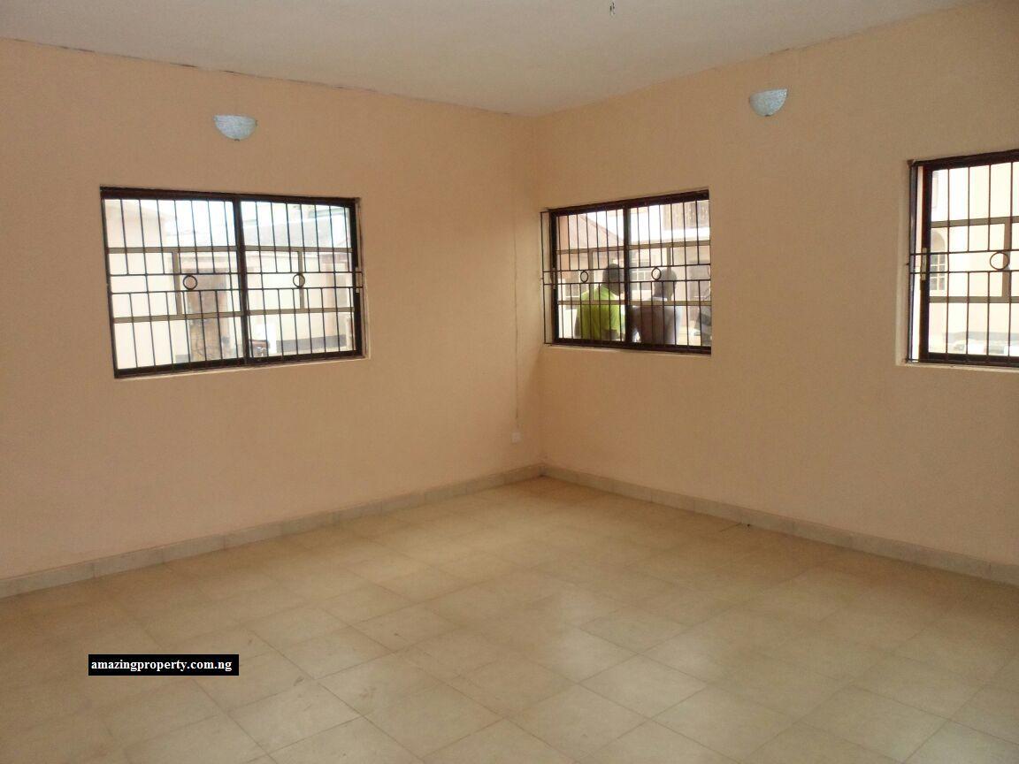12 units Apartments for rent