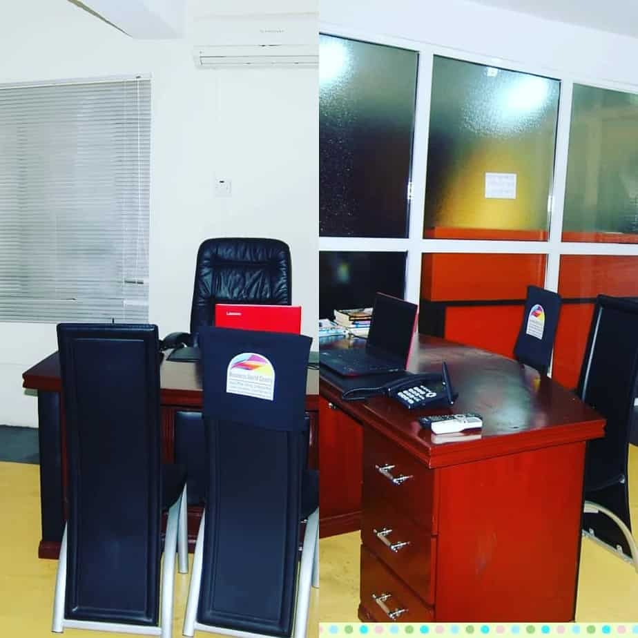 A WELL FURNISHED OFFICE SPACE FOR RENT