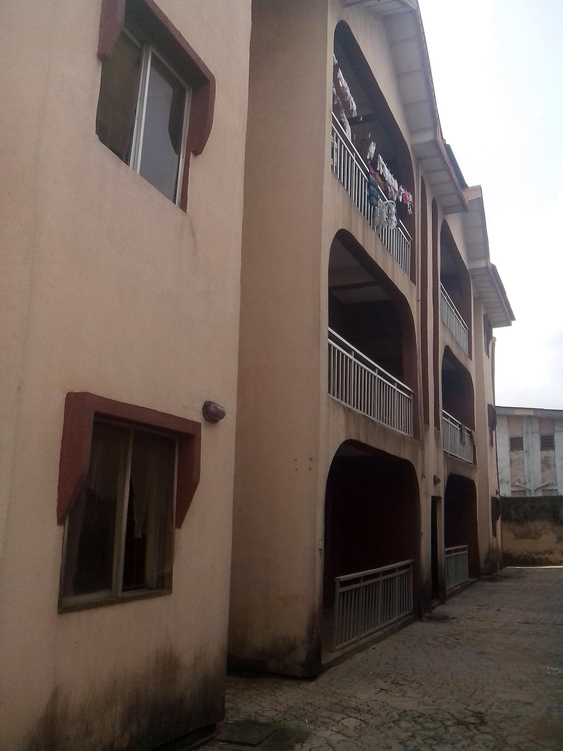 Rent 3 Bedroom Flat in Ikotun Lagos.