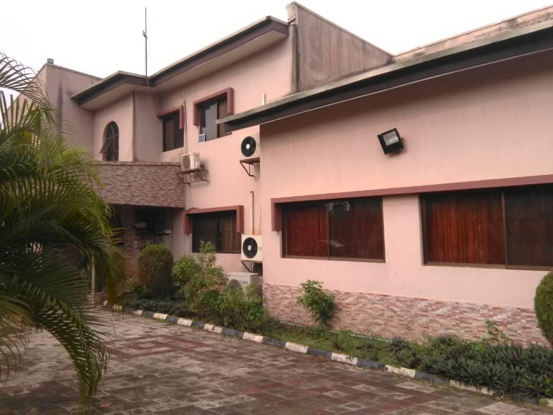 Detached house at Oke Afa