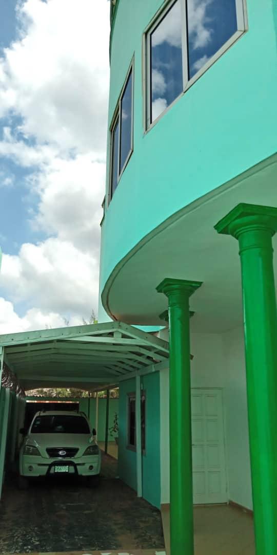 Buy 2 storey building in Cotonou